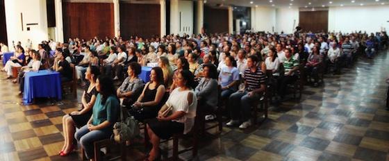 http://sq.imagens.s3.amazonaws.com/1305-Maio/Palestra-IateClube-19maio2013.jpg