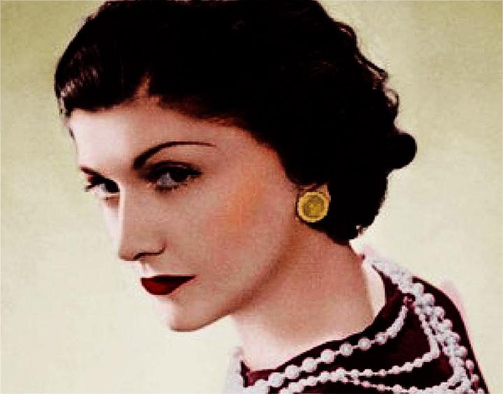 http://sq.imagens.s3.amazonaws.com/1311-Novembro/Coco-Chanel.jpg